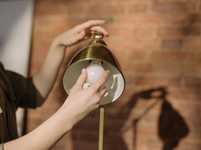 desk lamp bulb